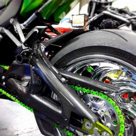 KAWASAKI ZX-10R 2011-2015 Carbon Fiber Swingarm Covers 9