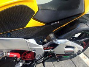 APRILIA RSV4 2009-2017 Carbon Fiber Side Tank Panels 10
