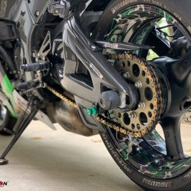KAWASAKI ZX-10R 2011-2015 Carbon Fiber Swingarm Covers