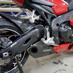 HONDA CBR 1000RR 2008-2016 Carbon Fiber Swingarm Covers 9