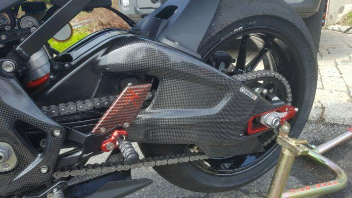 BMW S 1000RR 2009-2017 Carbon Fiber Swingarm Covers 7