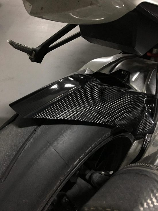 BMW S 1000RR 2009-2017 Carbon Fiber Rear Hugger with Chain Guard 2