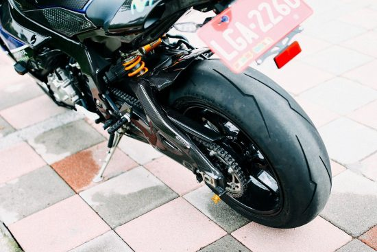 YAMAHA YZF-R1 2015-2016 Carbon Fiber Swingarm Covers 14