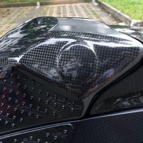 YAMAHA YZF-R1 2009-2014 Carbon Fiber Tank Sliders 5