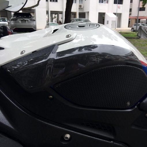 BMW S 1000RR 2009-2014 Carbon Fiber Tank Sliders 5