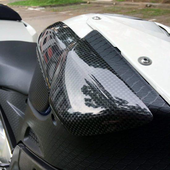 BMW S 1000RR 2009-2014 Carbon Fiber Tank Sliders 7