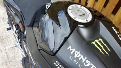 YAMAHA YZF-R1 2009-2014 Carbon Fiber Tank Slider 5