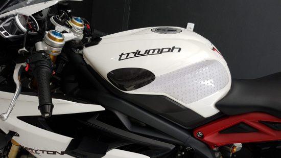 TRIUMPH Daytona 675 2013-2017 Carbon Fiber Tank Sliders