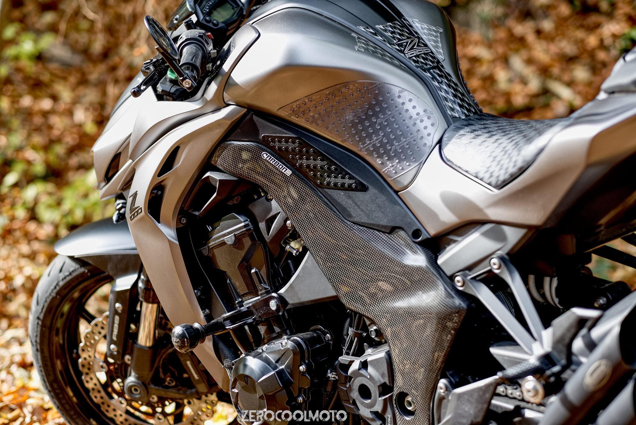KAWASAKI Z1000 2014-2017 Carbon Fiber Frame Covers