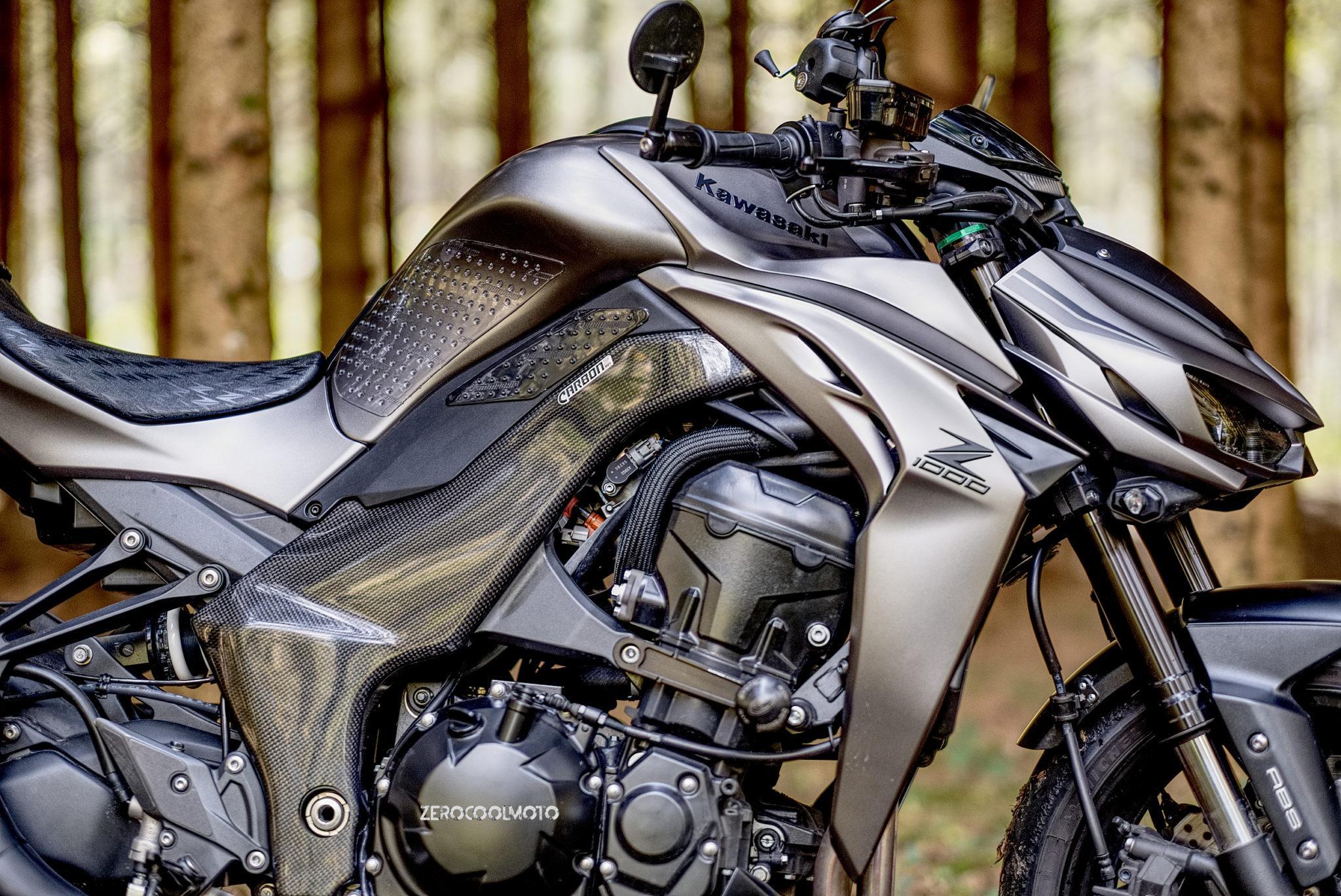 Kawasaki Z1000 2014 2017 Carbon Fiber Frame Covers