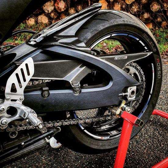 SUZUKI GSXR 600/750 2011-2019 Carbon Fiber Chain Cover