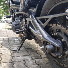 YAMAHA XSR 900 Carbon Fiber Swingarm Covers by Carbon2race