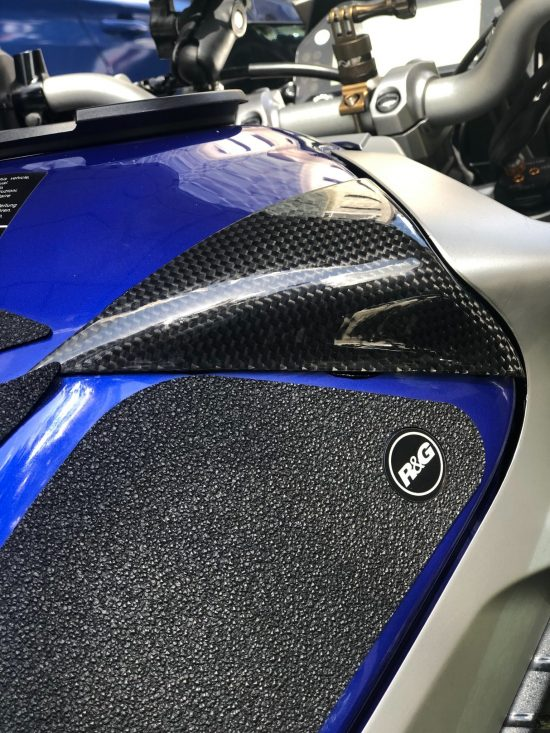 YAMAHA MT-10 Carbon Fiber Tank Sliders