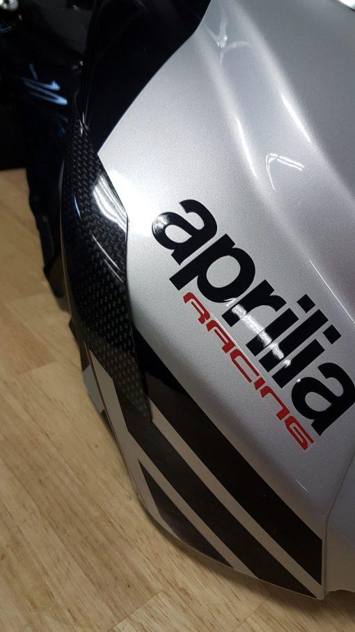APRILIA RSV4 2015-2018 Carbon Fiber Tank Sliders